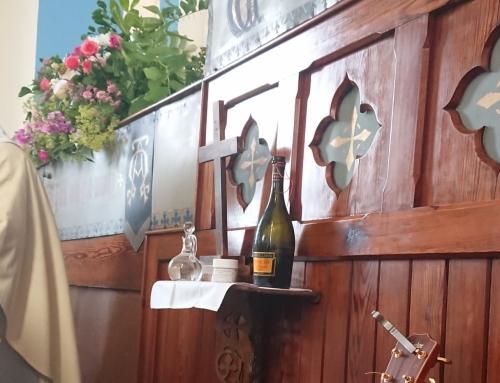 'Ag Críost an Síol' and music for the Liturgy of the Eucharist.